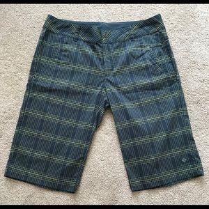 Columbia Lightweight Short